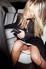 Oops see Aniston upskirt